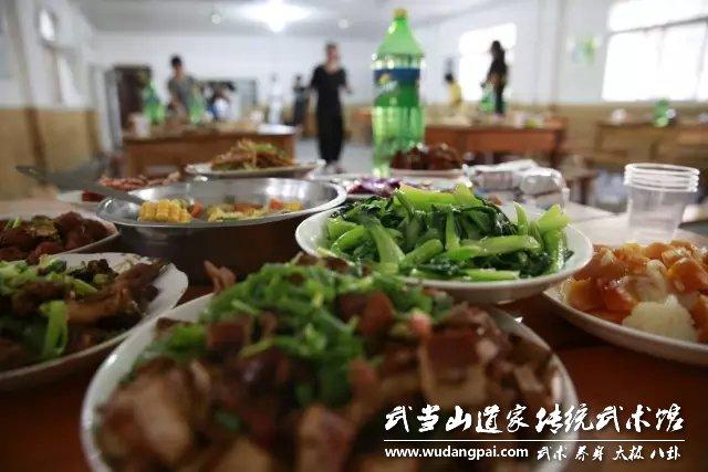 2016年中秋节,有美食,有美酒,更有欢乐
