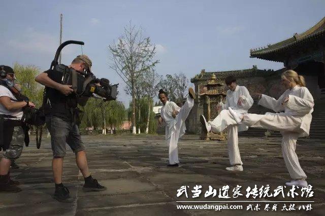 英国广播公司(简称BBC)聚焦武当,拍摄武当武术