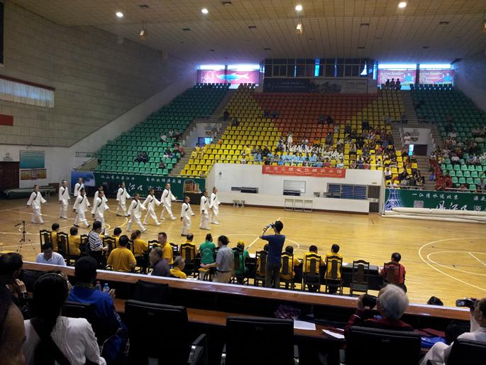 我馆国外传统班学员集体太极拳